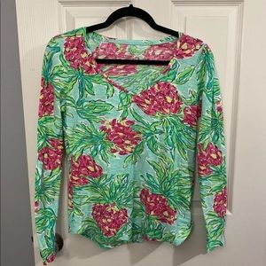 Lilly Pulitzer floral tee size medium